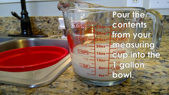 4 Cup glass measuring cup pour